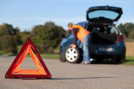 Como trocar um pneu do carro