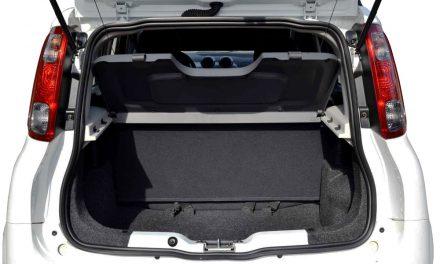 Como abrir o porta-malas do Novo Uno