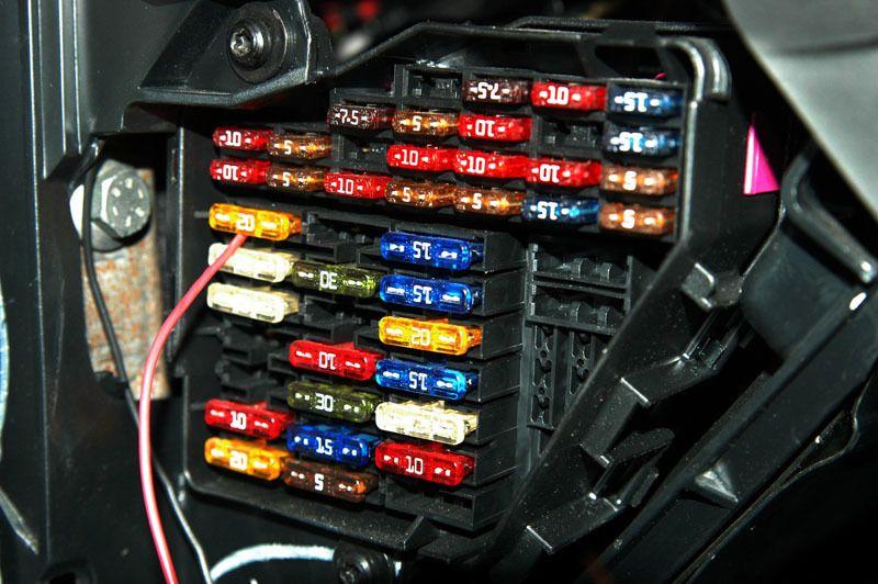 Fuse Box Function In Car : Caixa de fusíveis mãos ao auto